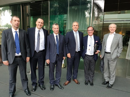 At World Diamond Congress in Mumbai last week, right to left: Stephane Fischler, President WDC; Peter Meeus, Chair, World Diamond Mark; Yoram Dvash, IDE President; Adv. Shmuel Iny, IDE Legal Counsel; Eran Zini, IDE MD; Boaz Moldawsky, Israel Diamond Institute Chairman