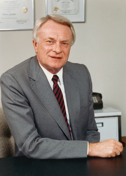 Glenn Nord, member of the GIA Board of Governors and past president of GIA