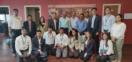 IIG Team & Students with Shri.  Govindkaka