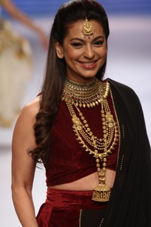 Juhi Chawla walks the ramp for Tanishq